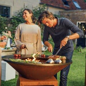 Parasols XL/Barbecues XL image 1