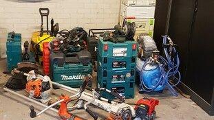 Politie zoekt eigenaar van gereedschap. Twee mannen aangehouden na achtervolging