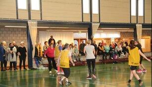 Veel animo voor nieuwe sporten Waarland