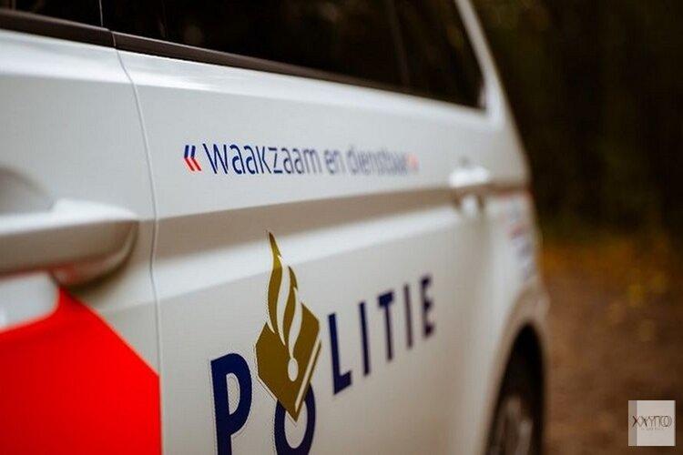 Auto te water in Nieuwe Niedorp