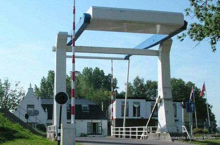 Van Ewijcksluisbrug afgesloten voor verkeer