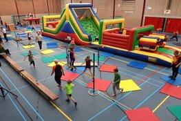 Iedereen (weer) kind met Apenkooi in Sportzaal Waldervaart