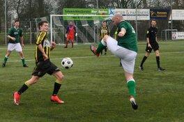 Robin Meijering helpt VV Schagen aan zege in laatste derby