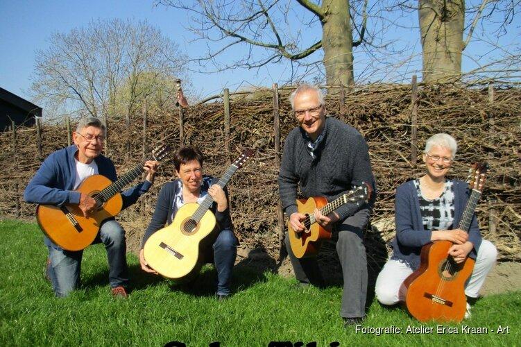 Muzikaal kwartet Coles Tibio op koningsdag en workshop zand en klei op 28 april bij expositie Noordkopkunst