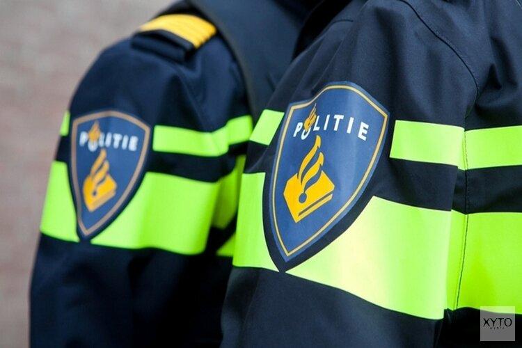 Politie zoekt man met jachtgeweer in Oude Niedorp