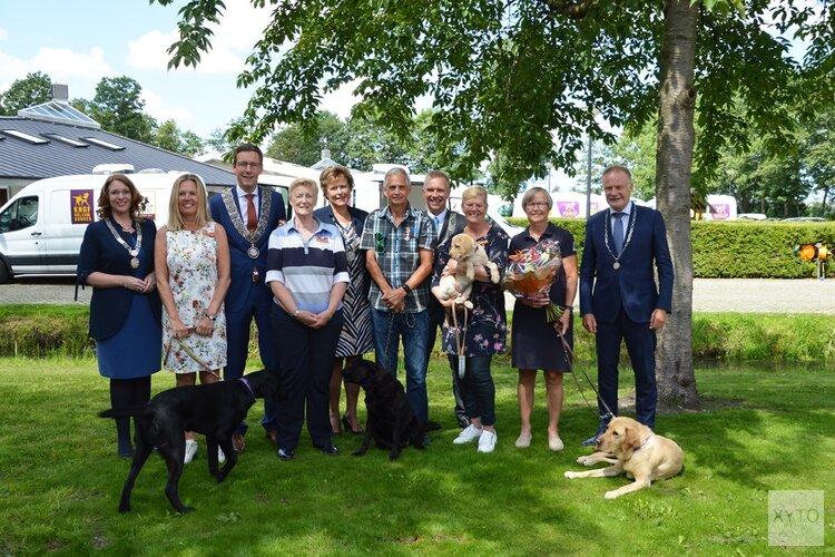 Koninklijke hulde voor 'hondstrouwe' vrijwilligers, Ronald Breur (Tuitjenhorn) geëerd
