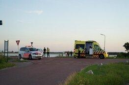 Auto te water na aanrijding in Callantsoog