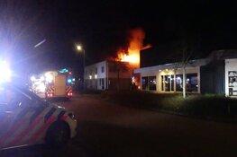 Felle brand in loods Schagen