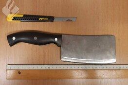 """Politie Schagen vindt slagersmes in scooter 17-jarige jongen: """"Ik hou gewoon van koken"""""""