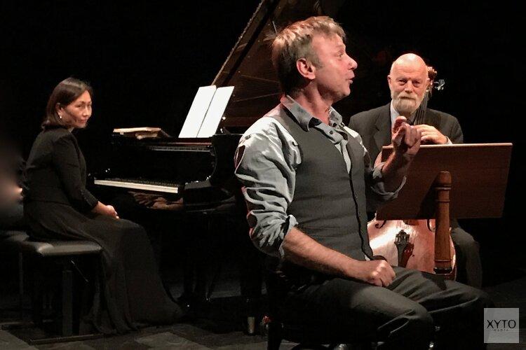 'Bomans Klinkt': Een betoverende voorstelling in het Scagon Theater