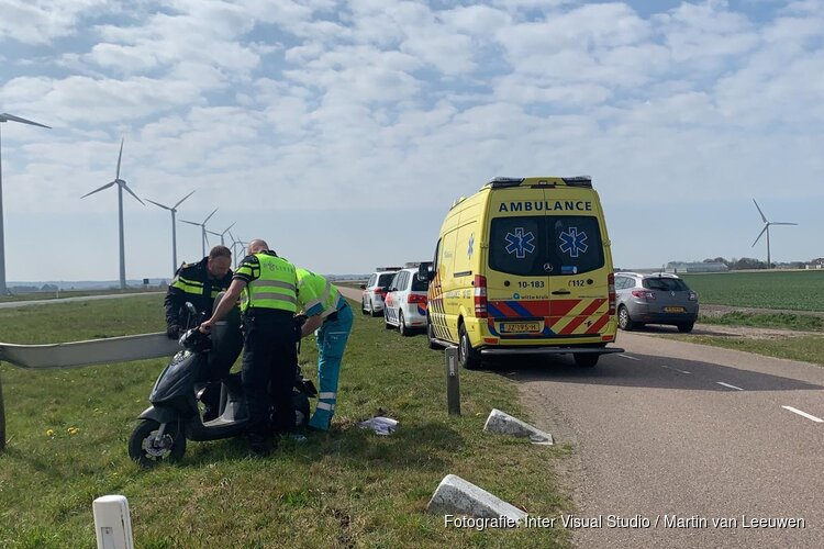 Bromfietser gewond in Burgerbrug