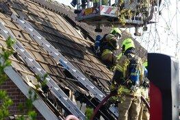 Lastige dakbrand in Sint Maartensbrug