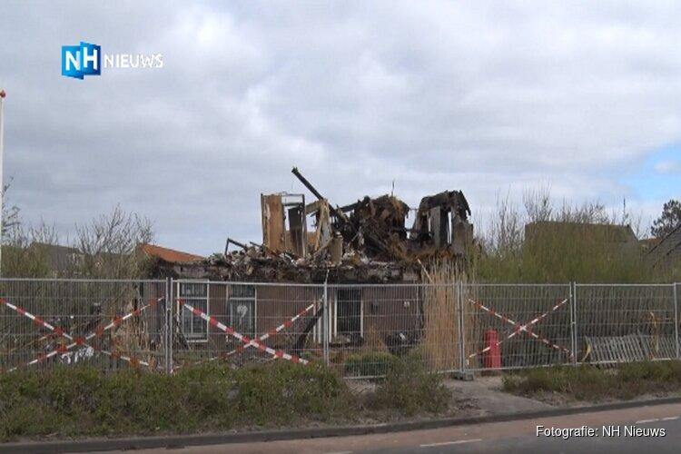 """Woonboerderij Callantsoog is volledig verwoest: """"Heel triest"""""""