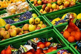 Wekelijkse markt in Schagen ruimer opgezet om nog eens erge drukte te voorkomen