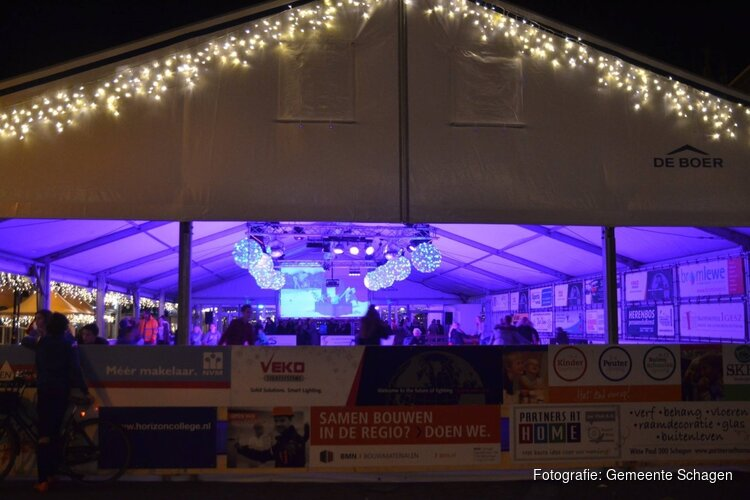 Geen Sinterklaasintocht, kerstmarkt en Schagen On Ice