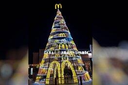 Mega kerstboom bij Mc-Donalds Schagen
