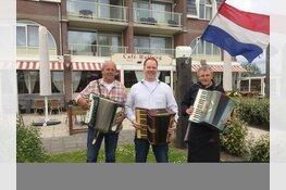 Vierendertigste editie Accordeonfestival Krabbendam  op Vaderdag in Burgerbrug