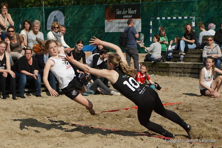 Beachhandballtoernooi bij ZAP