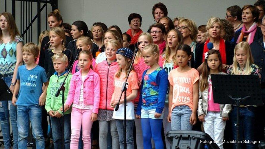 """15 juli """"Young voices en The voices"""" in de muziektuin"""