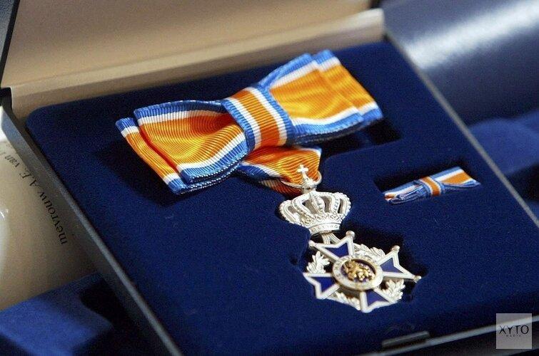 Koninklijke onderscheiding voor mevoruw Dekker-Aalbregtse
